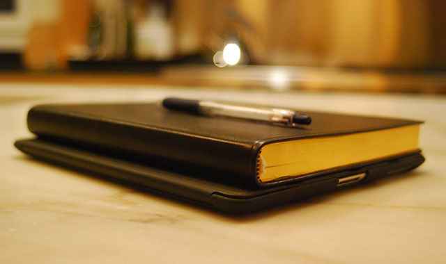 pero knjiga